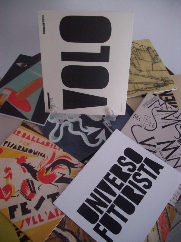 set di fascicoli del catalogo